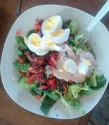 bacon and egg green salad