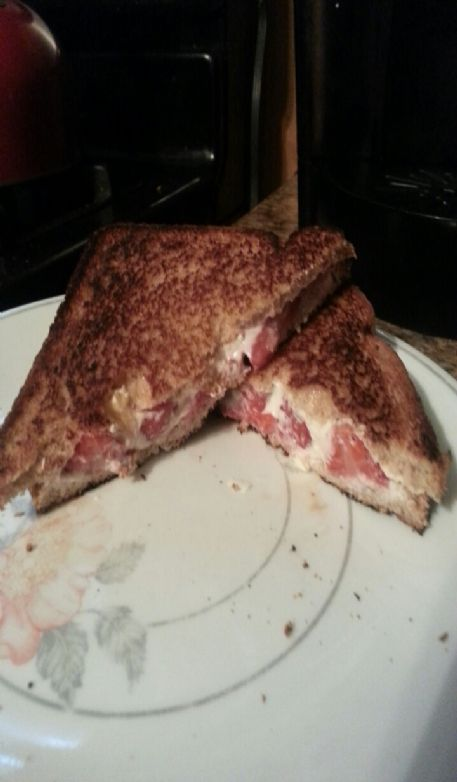Strawberry cheesecake breakfast grilled cheese
