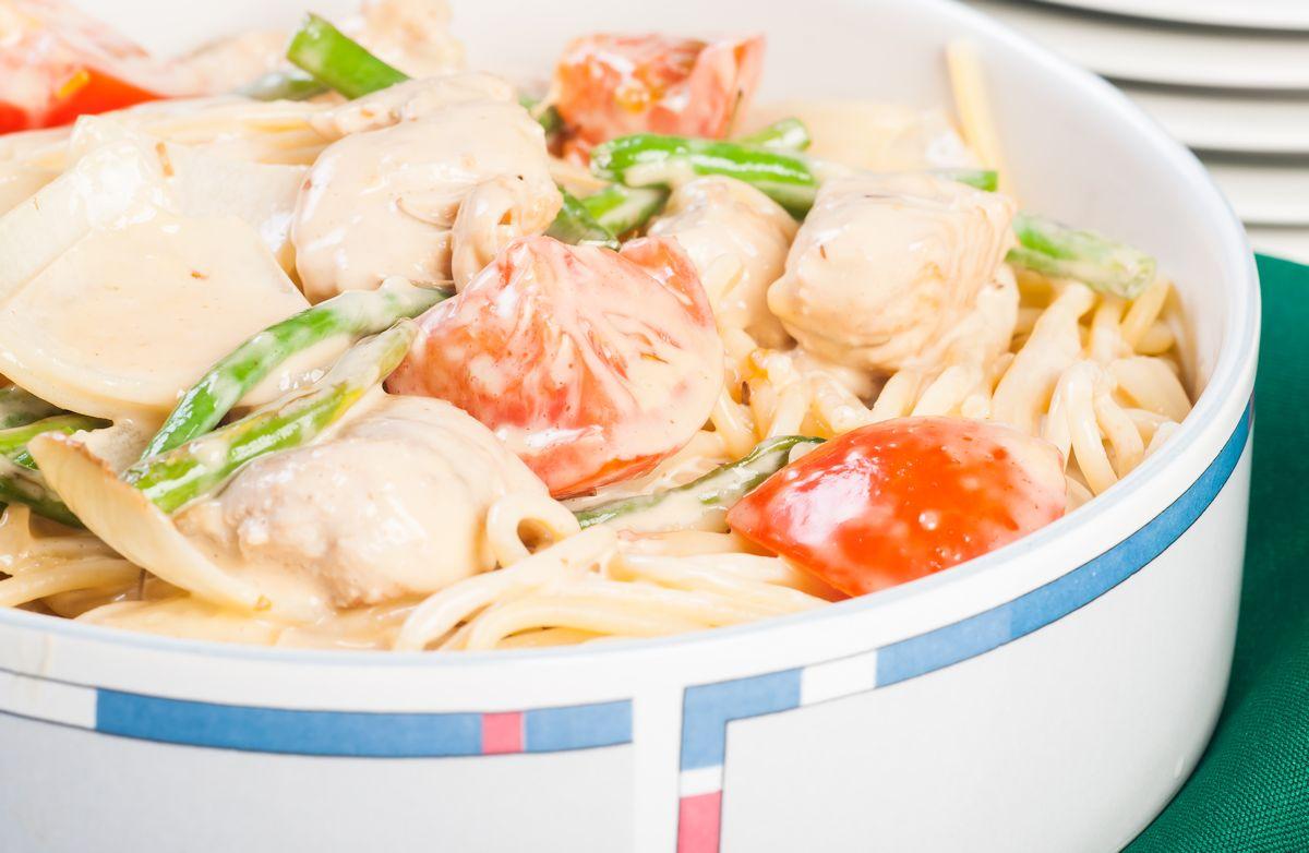 creamy chicken pasta toss