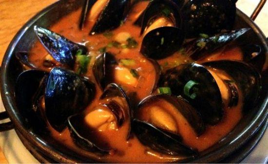 P.E.I. Mussels in Tomato Broth