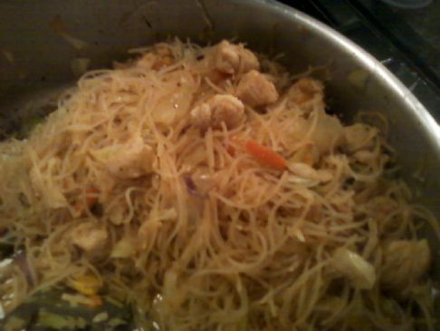 Thai Peanut Chicken and Rice Noodle
