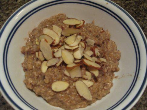 Slow Cooker Protein-Rich Almond Joy Oatmeal