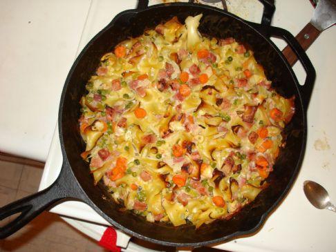 Ham & Cheese Noodle casserole