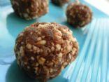 FANNETASTIC FOOD'S Cinnamon Raisin Almond Balls