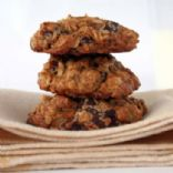 Oatmeal Date Chocolate Cookies