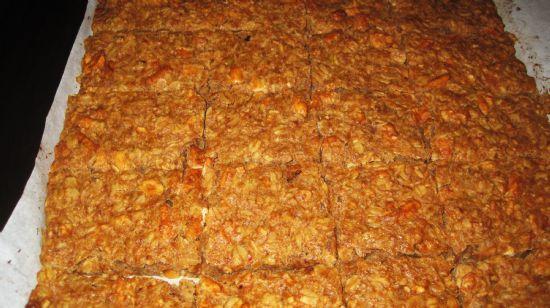 Salty Peanut Butter Pretzel Granola Bars