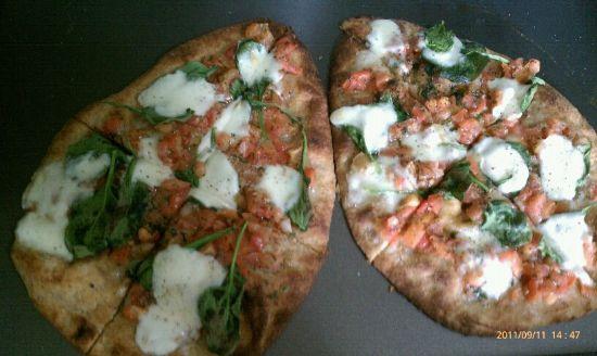 Goat Cheese, Spinach, Bruschetta Naan Pizza