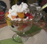 Fruit Salad Parfait w Fat Free Redi Whip Topping