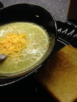 MAKEOVER: Healthy Broccoli Soup (by CRE8IVITY)