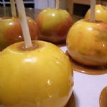 Spicy Caramel Coated Apples