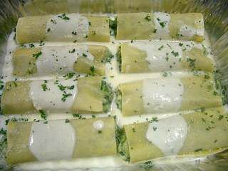 Creamy Chicken Stuffed Manicotti