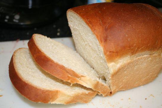 Squishy White Bread Recipe : White Bread - Master Bread Recipe from Fleishmanns Recipe SparkRecipes