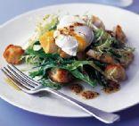 Smoked haddock salad with poached eggs & croûtons