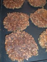 Vegan Oatmeal Black Bean Burgers