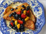 Guiltless Savory French Toast w/ fruit