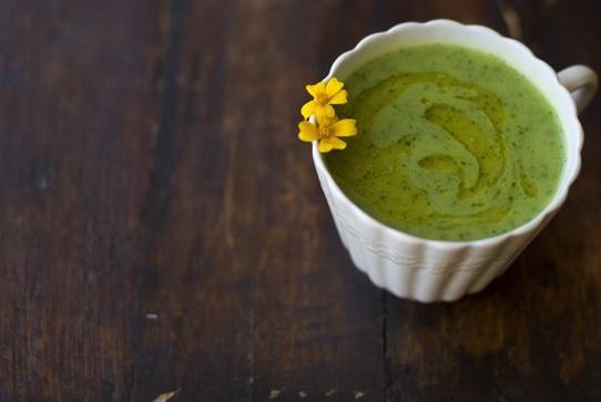 Creamy Spinach Zucchini Soup