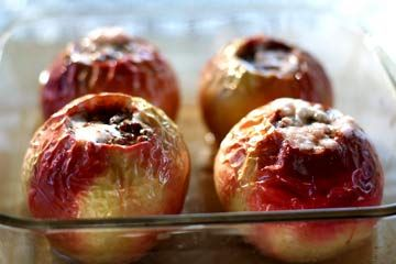 Delicious and Simple Baked Apples