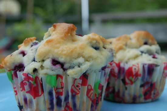 3 pt Moms  blueberry muffins