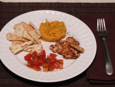 Chick-Pea Dip with Pita, Chicken and Tomato