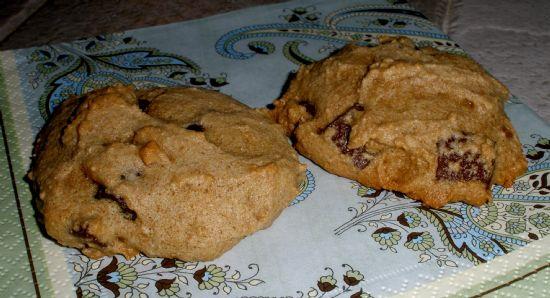 Low-Fat Chocolate Chunk Cookies