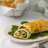 Spinach-Cheddar Omelet Roll