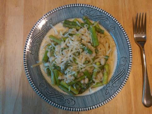Linguine with Navy Beans and Asparagus