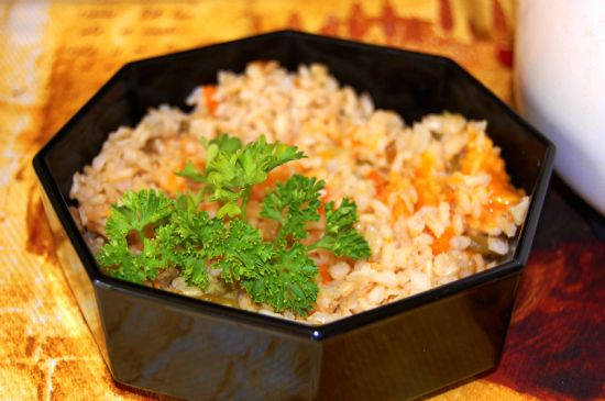 Quick Rice Cooker Cheesy Brown Rice and Vegetables
