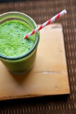 Joy the Baker's Kale, Spinach, & Pear Smoothie