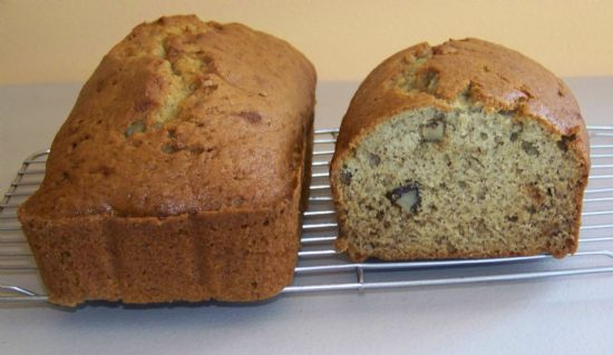 Anne's Banana Bread w/walnuts