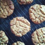 Cinnamon Raisin Peanut Butter Cookies