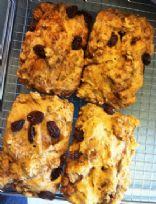 Cinnamon Raisin Biscuit Bread