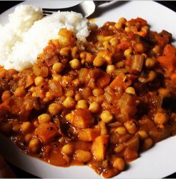 Sweet potato aubergine chickpea curry