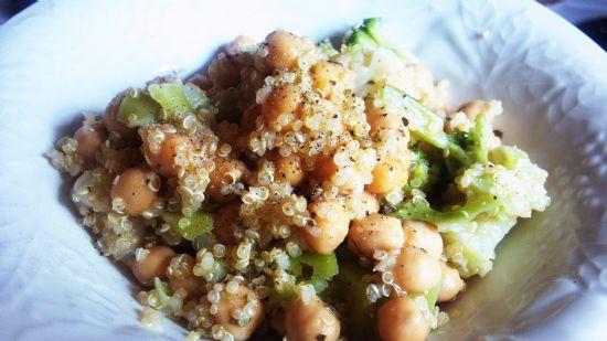 Warm Quinoa & Chickpea Salad