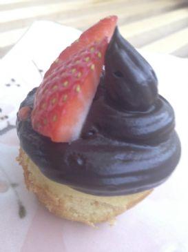 Lemon Essence Vanilla Cupcakes - with Coconut and Almond Flour