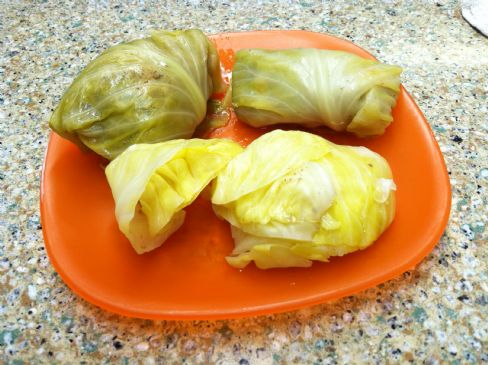Guampke's (Cabbage Rolls)