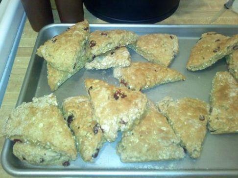 Oatmeal Cranberry Walnut Scones