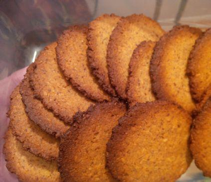 Almond Coconut cookies (serving = 3 cookies)