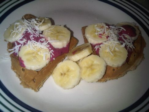 Whole Wheat Waffle with Banana Berry Topping