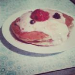 Berries and Oats Pancakes