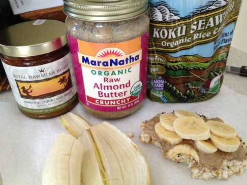 Almond butter banana slices on rice cake