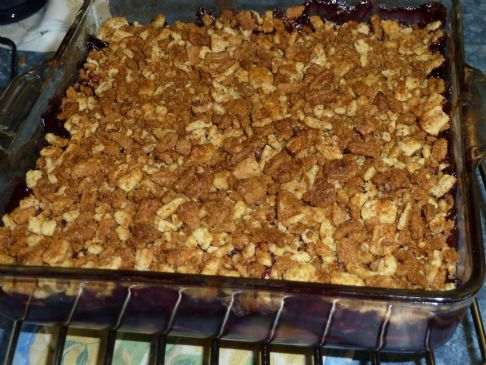 Apple and Berry Crisp with Fiber One Crunch