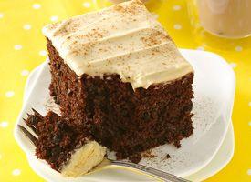 Betty Crocker® SuperMoist® Devil's Food Chocolate Morsel Cake