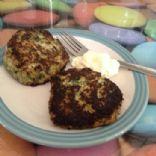 Low-carb 'burger sized' fishcakes (3 net carbs per serve)