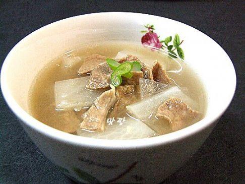 Kalbi Moo Guk Korean Short Rib And Radish Soup Recipe Sparkrecipes