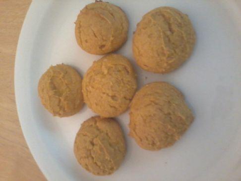 Pumpkin cookies or mini cakes
