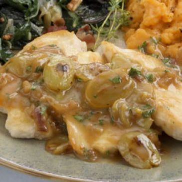 Chicken Breasts with Grape Shallot Sauce