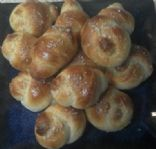 Quick Soft Pretzel Knots