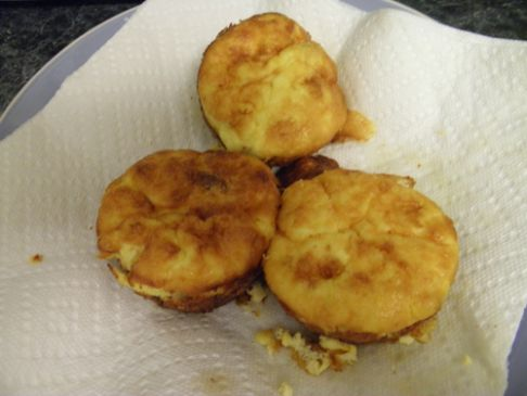 Atkins friendly breakfast muffins recipe sparkrecipes for Atkins cuisine bread