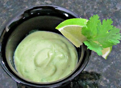 Creamy Vegan Avocado Salad Dressing
