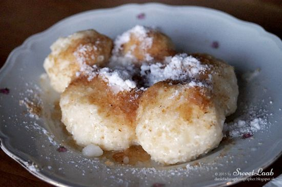 Sweet curd balls with breadcrumbs